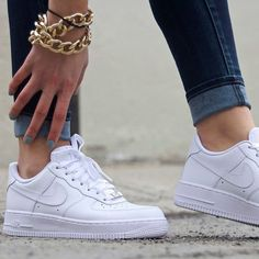 NIKE AIR FORCE 1 LOW WHITE - Womens size mens size 9 - Box says size 9 because theyre mens, but fits women perfectly - I wear size 11 and usually wear in mens but since these run a little big, I got an size 9 Unworn, still brand new with box. Nike Free Shoes, Nike Shoes Outlet, Running Shoes Nike, Sneakers Fashion, Fashion Shoes, Mens Fashion, Looks Baskets, White Sneakers, Sneakers Nike
