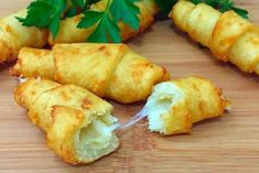 Простой пошаговый рецепт картофельных рогаликов - Вкусные Рецепты