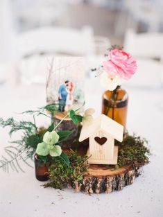 Rustic organic Austin Texas wedding   Photo by Michelle Boyd Photography   Read more - http://www.100layercake.com/blog/?p=74110