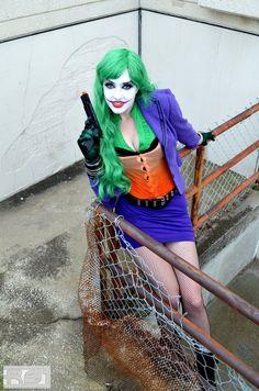 Model/MUA/Wardrobe Callie Cosplay [link] Callie as the ever lovin' Joker. Callie Cosplay - The joker Cosplay Del Joker, Female Joker Cosplay, Cosplay Dc, Callie Cosplay, Female Clown, Joker Costume, Harley Quinn Cosplay, Joker And Harley Quinn, Cosplay Girls