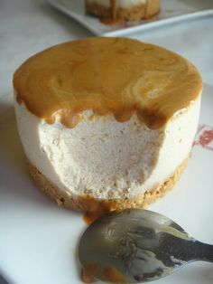 cheesecake com molho toffe