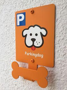 Dog Parking - Pet Parking - Parkingdog de PARKINGDOG en Etsy https://www.etsy.com/es/listing/522534049/dog-parking-pet-parking-parkingdog