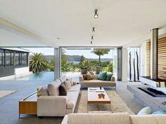 A Modern Australian Beach House