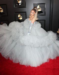 Ariana Grande Grammys, Trill Sammy, Adriana Grande, Star Eyes, Cat Valentine, Red Carpet Event, Nicki Minaj, American Singers, Beautiful Babies