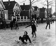schaatsen op het vliet Oude foto's Leeuwarden - Markant - Picasa Webalbums