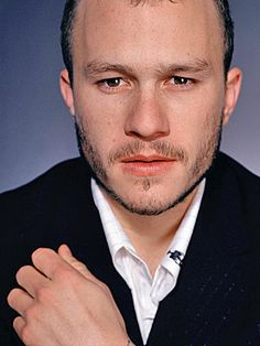 Google Image Result for http://img2.timeinc.net/people/i/2007/database/heathledger/heathledger300.jpg