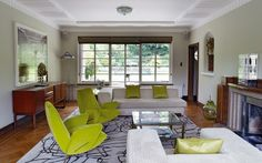 Deco house designed by Kemp & Tasker: Living room interior