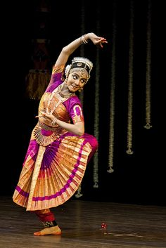 ef4ba3b9e9158 154 Best Bharathanatyam costumes images in 2019 | Indian classical ...