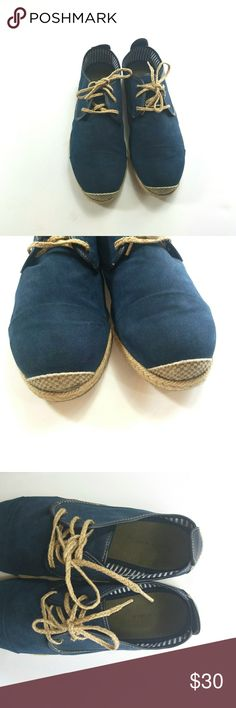 """ACCEPTING 30% OFF OFFERS"" SALE [Zara Man] Blue lace up shoes Zara Man Blue lace up shoes.   Men's Size 42(US 11) Zara Shoes"