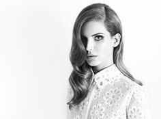 I can't help it.  I falling in love with Lana Del Rey