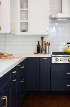 Best Two Tone Kitchen Cabinets Concept to Your Inspire Design, Home Decor, Break Out the Paint: Blue Kitchens Are Très Chic Right Now via Two Tone Kitchen Cabinets, Farmhouse Kitchen Cabinets, Kitchen Cabinetry, Kitchen Redo, New Kitchen, White Cabinets, Awesome Kitchen, Two Toned Kitchen, Kitchen White