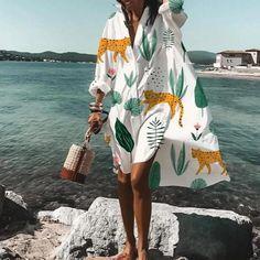 Tucici Oversized V-Neck Long Sleeve Fun Printed Shirt Dress