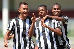 BotafogoDePrimeira: Bota vence o Flu nas Laranjeiras e sai na frente n...