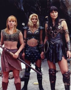"""Gabrielle (Renee O'Connor), Callisto (Hudson Leick) & Xena (Lucy Lawless) from """"Xena: Warrior Princess"""" Xena Warrior Princess, Callisto Xena, Hudson Leick, Paddy Kelly, The Villain, Celebs, Celebrities, Strong Women, Lady"""