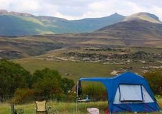 Where to camp in Clarens. Camping in the Free State. Campsites with activities such as archery, hot air balloon ride, Trails and hiking. Cowboy Ranch, Free State, Balloon Rides, Sit Back, Campsite, Archery, Outdoor Gear, South Africa, Tent