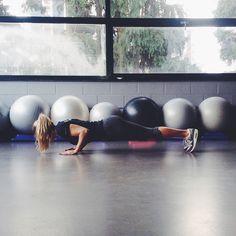 fitness, motivation, and girl Bild