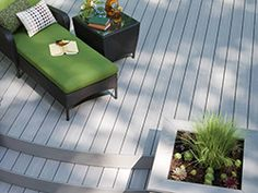 Azek decking features a full palette of 17 luxurious colors and a variety of grain patterns. You're sure to find the perfect AZEK Deck to complement your home and style.