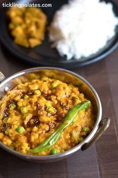 Organic Bhaja Muger Dal Recipe – Bengali Style Moong Dal Veg Recipes, Organic Recipes, Lunch Recipes, Indian Food Recipes, Vegetarian Recipes, Cooking Recipes, Healthy Recipes, Ethnic Recipes, Vegetarian Sandwiches