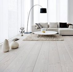 If you want to liven up your home for spring, wood flooring can transform each room and update tired decor in a flash. Wood floors add instant panache to living rooms, update old fashioned bathrooms, boring bedrooms and hapless hallways. Rustic Wood Floors, White Wood Floors, White Oak Wood, White Flooring, Hardwood Floors, Grey Hardwood, Plank Flooring, Dark Wood, Light Wood Flooring