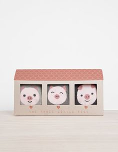 Pack of three little pigs socks - Perfect Gifts - Serbia