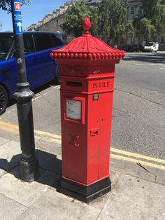 Victorian post Box At Junction of Argyle St and Henrietta St Bath UK. Antique Mailbox, Post Box, Wax Seals, Royal Mail, Post Office, Letter Boxes, Mail Boxes, British, Vans