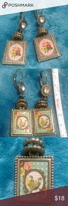 Victorian Style Earrings Victorian Style Earrings bought in a boutique in Boca. NEW! Perfect condition. Jewelry Earrings
