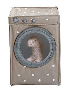 #Mueble de almacenaje #lúdico y #práctico, en forma de #lavadora con abertura tipo ojo de buey y tapa.