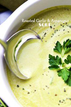 Roasted Garlic Asparagus, Garlic Soup, Asparagus Recipe, Creamy Asparagus, Asparagus Soup Vegan, Asparagus Quiche, Pureed Food Recipes, Soup Recipes, Vegetarian Recipes