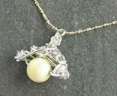 Art of Wire: White Tridacna Stone Necklace