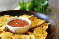 Restaurant Style Salsa – How to Make Salsa from Scratch