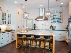 Chip and Joanna Gaines of HGTV's Fixer Upper help a former Baylor football player and his wife turn a generic house in a Waco suburb into an inviting home that's both visually impressive and family friendly. Ranch House Remodel, Inviting Home, Chip And Joanna Gaines, Basement Remodeling, Basement Plans, Basement Storage, Basement Stairs, Basement Bathroom, Remodeling Ideas