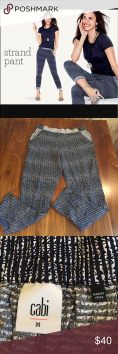 """CAbi Strand Pants Navy and white print pull on pants. Loose fit. Front pockets. Elastic waistband. 27"""" inseam. 16""""across waistband. CAbi Pants"""