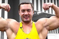 Мускулистые руки https://mensby.com/sport/muscles/3951-muscular-arms  Большие и рельефные руки – это основной мотив, по которому многие приходят в спортивный зал. Как быстро и эффективно раскачать мышцы рук к лету?