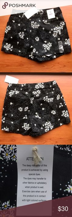 New with tag Stretchy High waist floral shorts The shorts are in size 5, but I usually fluctuate between size 2 and 4 and fits me just fine as well. The shorts is very stretchy but also very comfortable. The material is also thick. Authentic American Heritage Shorts
