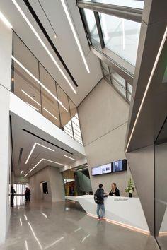 Eli & Edythe Broad Art Museum - Zaha Hadid