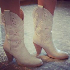 White Wedding Cowboy Boots For Women