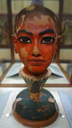 Head of Tutankhamun, New Kingdom, Dynasty 18, reign of Tutankhamun, ca. 1336–1327 B.C. -Egyptian Museum, Cairo Egypt.