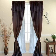 How to Hang Drapes With Sheers