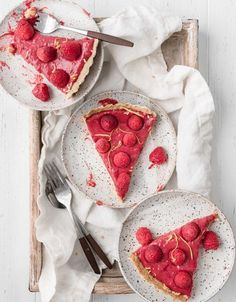Recipe for Raspberry Lemon Tart, a refreshing light dessert with sharp berry and citrus flavors. Simple combination with a powerful punch of flavor. Raspberry Desserts, Raspberry Tarts, Lemon Desserts, Just Desserts, Fun Baking Recipes, Best Dessert Recipes, Sweet Recipes, Light Desserts, Beautiful Desserts