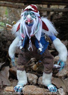 TROLL HANDMADE. Ooak. Criatura Fantástica Troll Doll. Rungammel by GoblinsLab. MYTHICAL CREATURE.  Handmade. Ooak Doll. criatura fantástica por GoblinsLab. Criaturas Mágicas de Fantasía hechas a mano, por el artista Moisés Espino. The Goblin´s Lab. Madrid. Criaturas 100% hechas a mano. Duendes, Hadas, Trolls, Goblins, Brownies, Fairies, Elfs, Gnomes, Pixies....  *Artist Links:  http://thegoblinslab.blogspot.com.es/ https://www.etsy.com/shop/GoblinsLab http://goblinslab.deviantart.com/