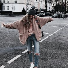 Pastel pink teddy coat | winter fashion outfit | street style