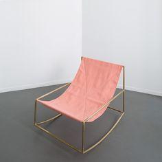 Rocking chair rose - Muller Van Severen