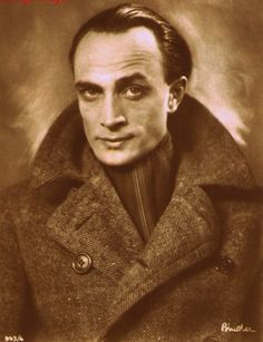 Conrad Veidt. My word.