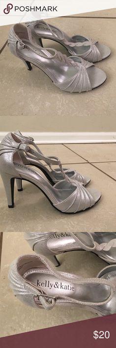Kelly & Katie Silver Heel Never worn. Heel approx 3 inch. Shiny silver! :) Kelly & Katie Shoes Heels