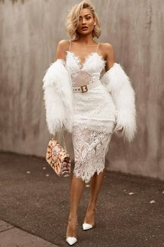 45 All White Outfits For The Ultimately Fresh Look Date Night All White Outfit Idea ★ All Affordable Prom Dresses, Prom Dresses Online, Dress Online, Komplette Outfits, Fashion Outfits, Fresh Outfits, Mini Prom Dresses, Maxi Dresses, Prom Gowns