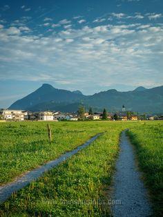 Morgenstimmung in Ebbs / Tirol. Ganz frisch auf meiner Seite. Country Roads, Mountains, Nature, Travel, Pictures, Mood, Fresh, Voyage, Viajes