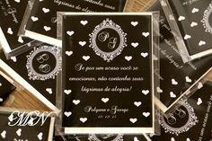 Lágrimas de Alegria em saquinhos plástico com lenço de papel e cartão personalizado. <br>Trabalhamos com todas as cores. <br>Caso já possua arte, favor enviar após a compra. Personalized Items, 1, Tissue Paper, Personalised Cards, Joy, Brides, Weddings, Colors, Products