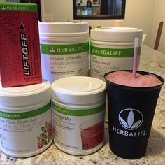 Vanilla shake pomegranate lift off apple fiber wild berry bev mix and 2 frozen strawberries. Can you say BOOM? Herbalife Protein, Herbalife Shake Recipes, Herbalife Recipes, Protein Shake Recipes, Herbalife Nutrition, Healthy Protein, Protein Shakes, Healthy Smoothies, Healthy Desserts