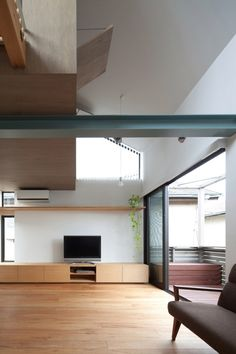 Small House with Floating Treehouse by Yuki Miyamoto A (7)