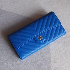 3204eb37d18dec Chanel A80758-7 Chevron Long Flap Wallet